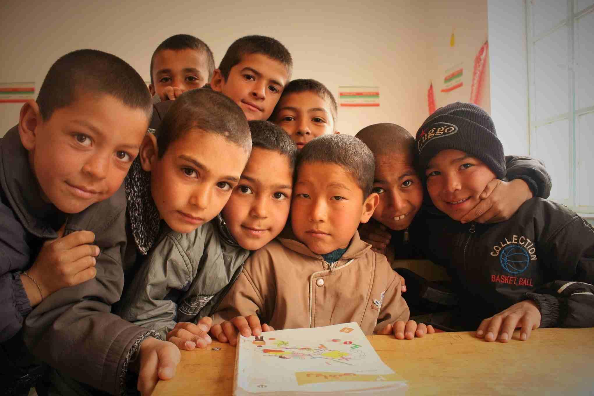 خیریه رشد - مدرسه سازی